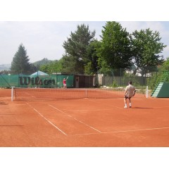 Tenisový turnaj ve dvouhře - 1.ročník o Pohár starosty města Zubří - obrázek 4