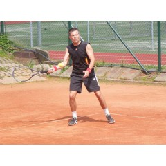 Tenisový turnaj ve dvouhře - 1.ročník o Pohár starosty města Zubří - obrázek 12