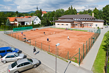 Sportoviště Zubří - Sokolovna - Tenisove kurty