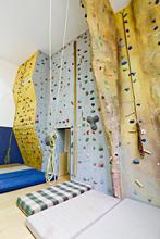 Sportoviště Zubří - Sokolovna - lezecká stěna